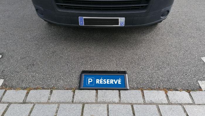 Borne signalétique de parking – Nouveauté 2020
